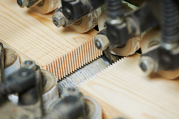 Current Sensors in woodworking machines run vacuum fans to clear sawdust and debris