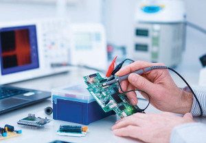 Electrical testing of PCB functions at Pelmax