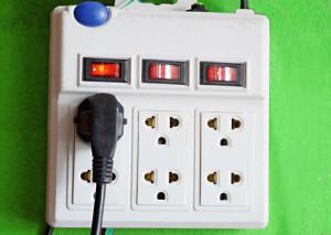 Manual Reset Circuit Protector